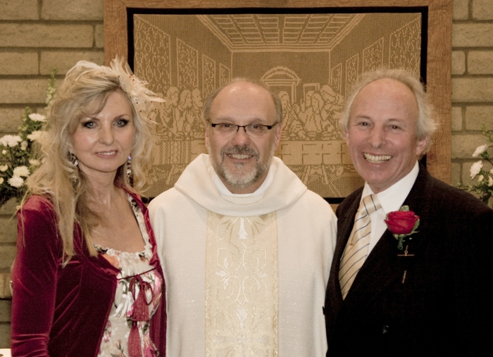 Jean, Father Dan and yours truly. St Paul's Episcopal Church, Payson, AZ. November 20th, 2010.
