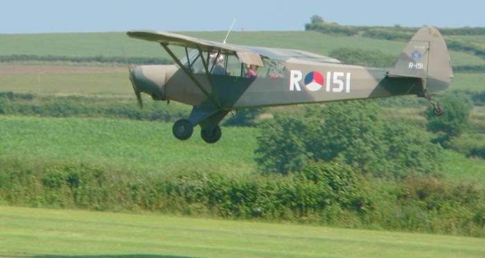 Piper Cub R151