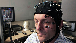Michael Mosley's brain being measured.