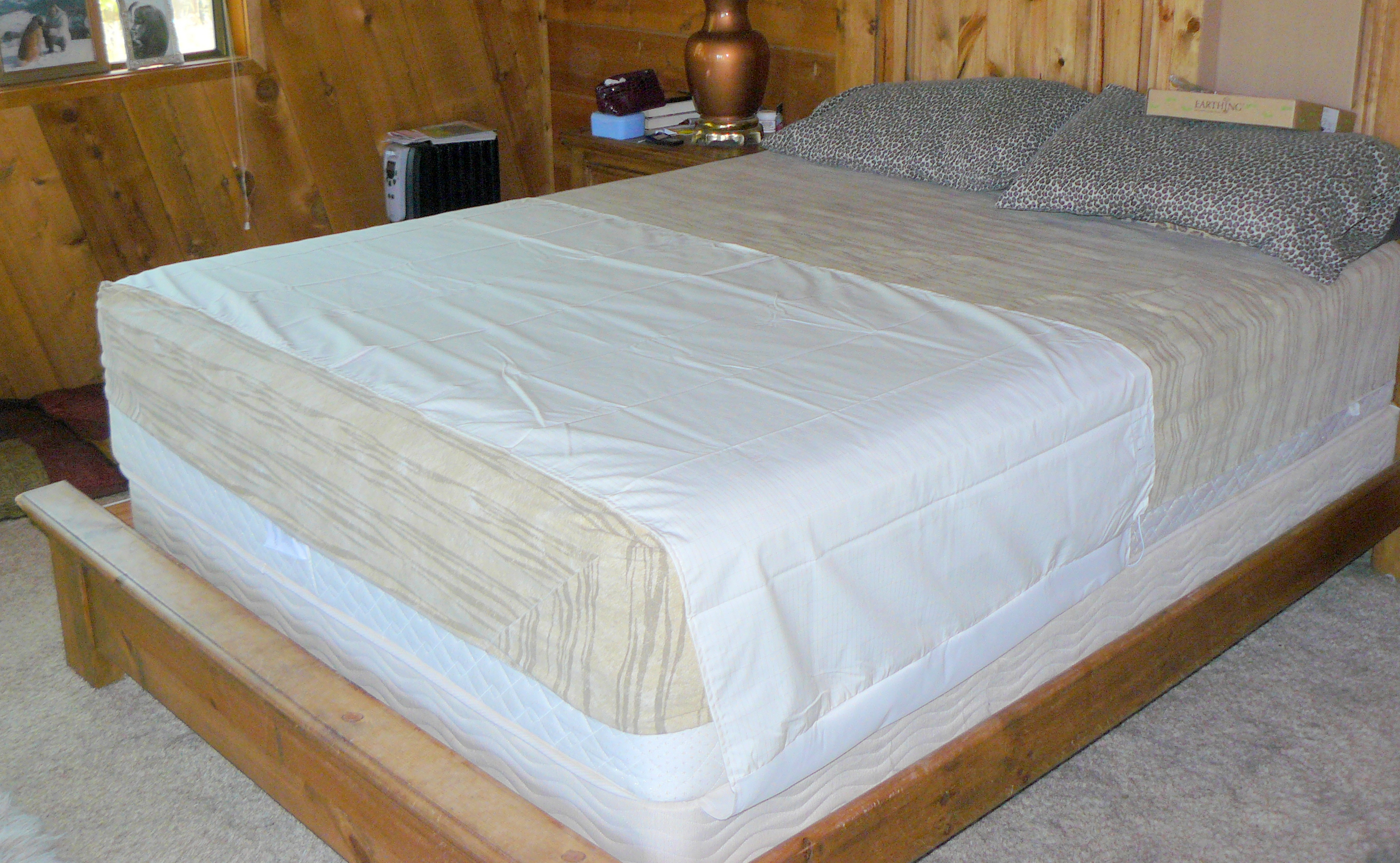 Lovely Grounded Bed Sheet
